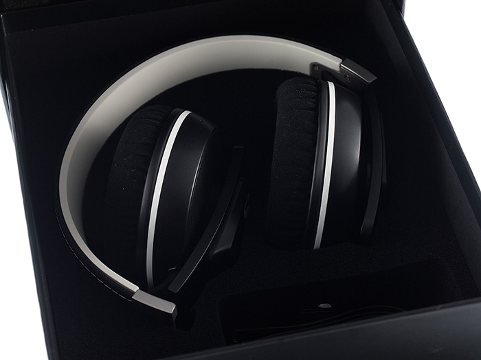 Sennheiser Urbanite XL wireless 2k