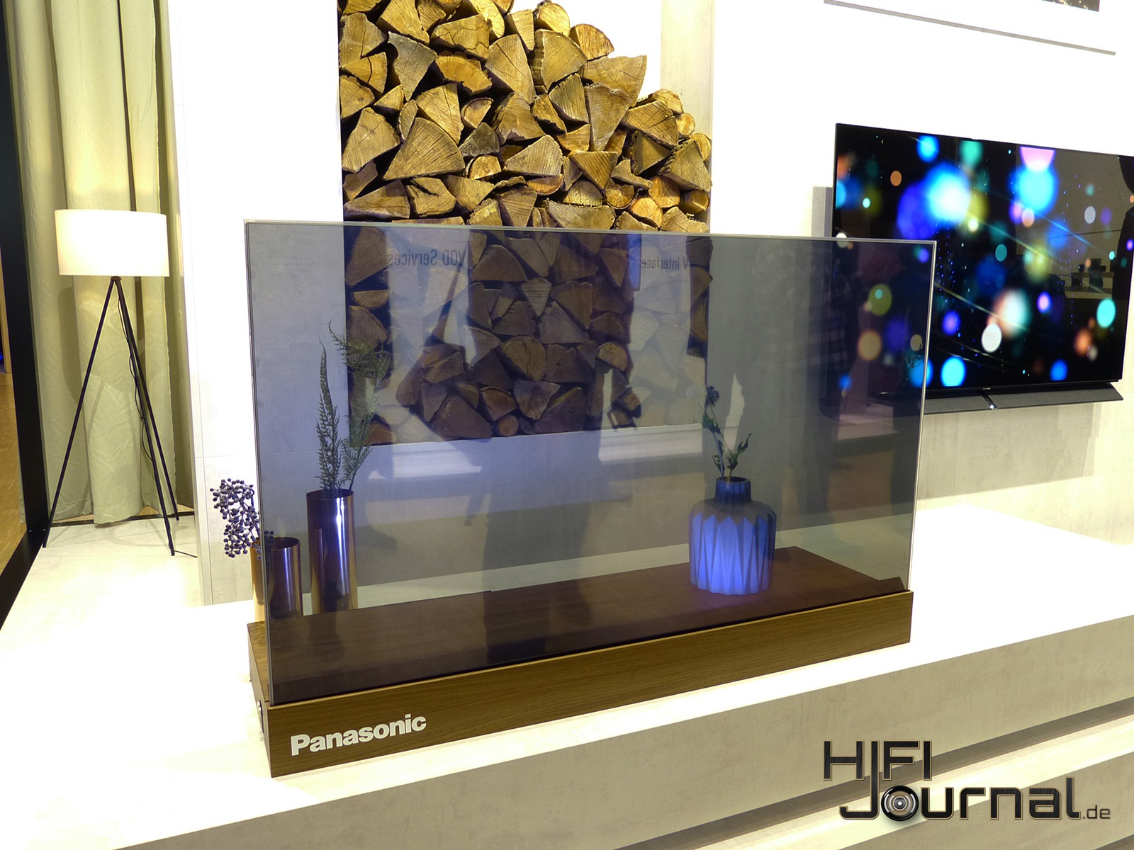 Panasonic transparent OLED 02