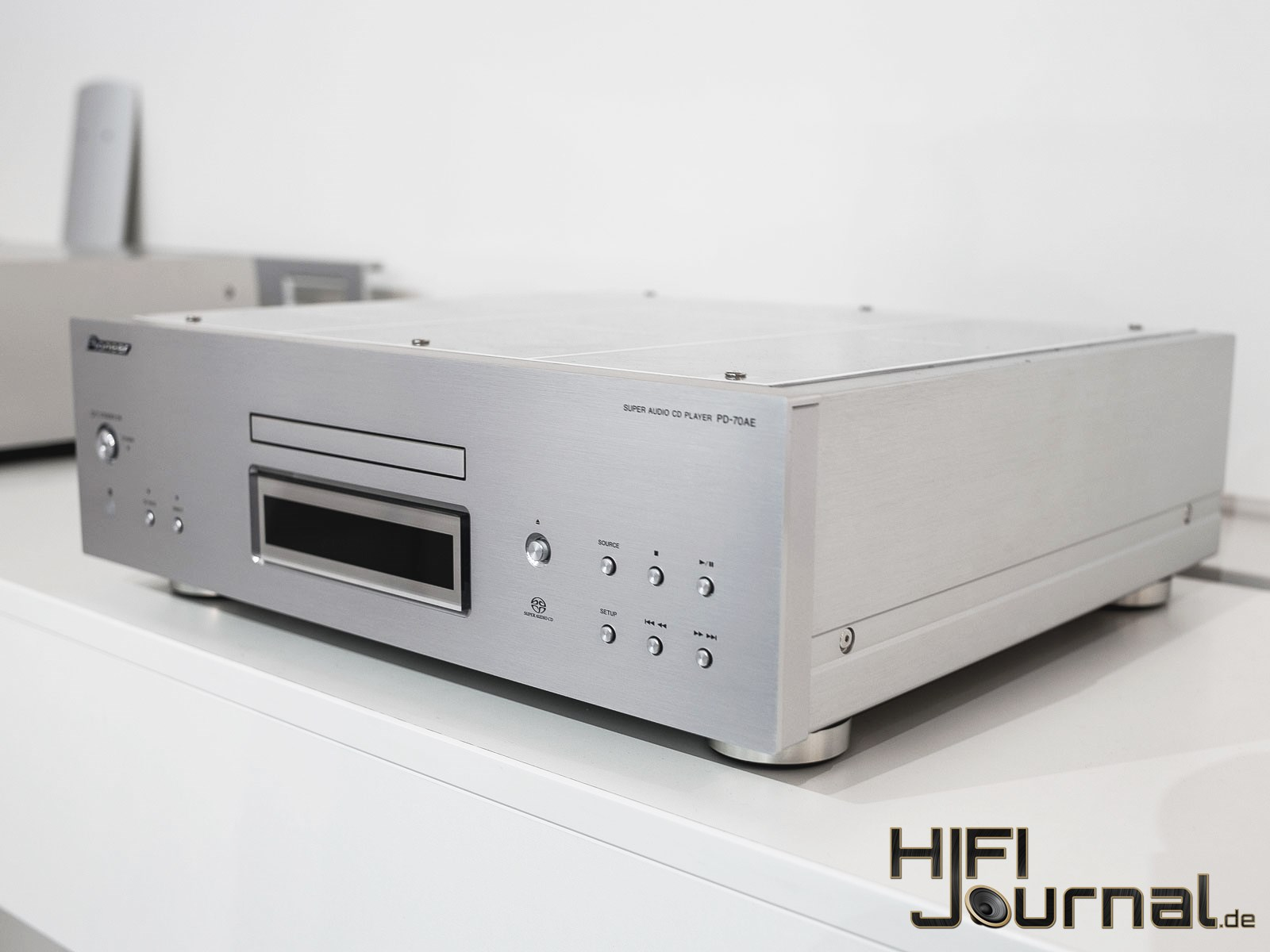 Pioneer PD70 AE SACD Player 02