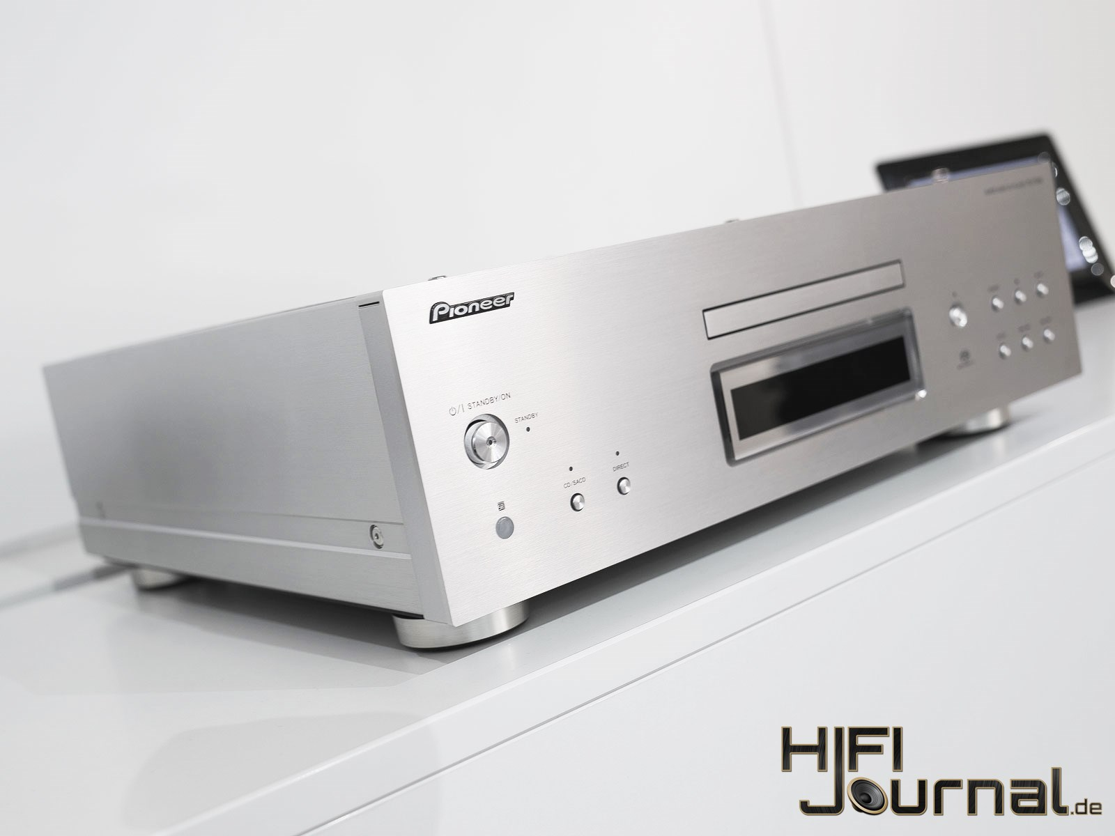 Pioneer PD70 AE SACD Player 03