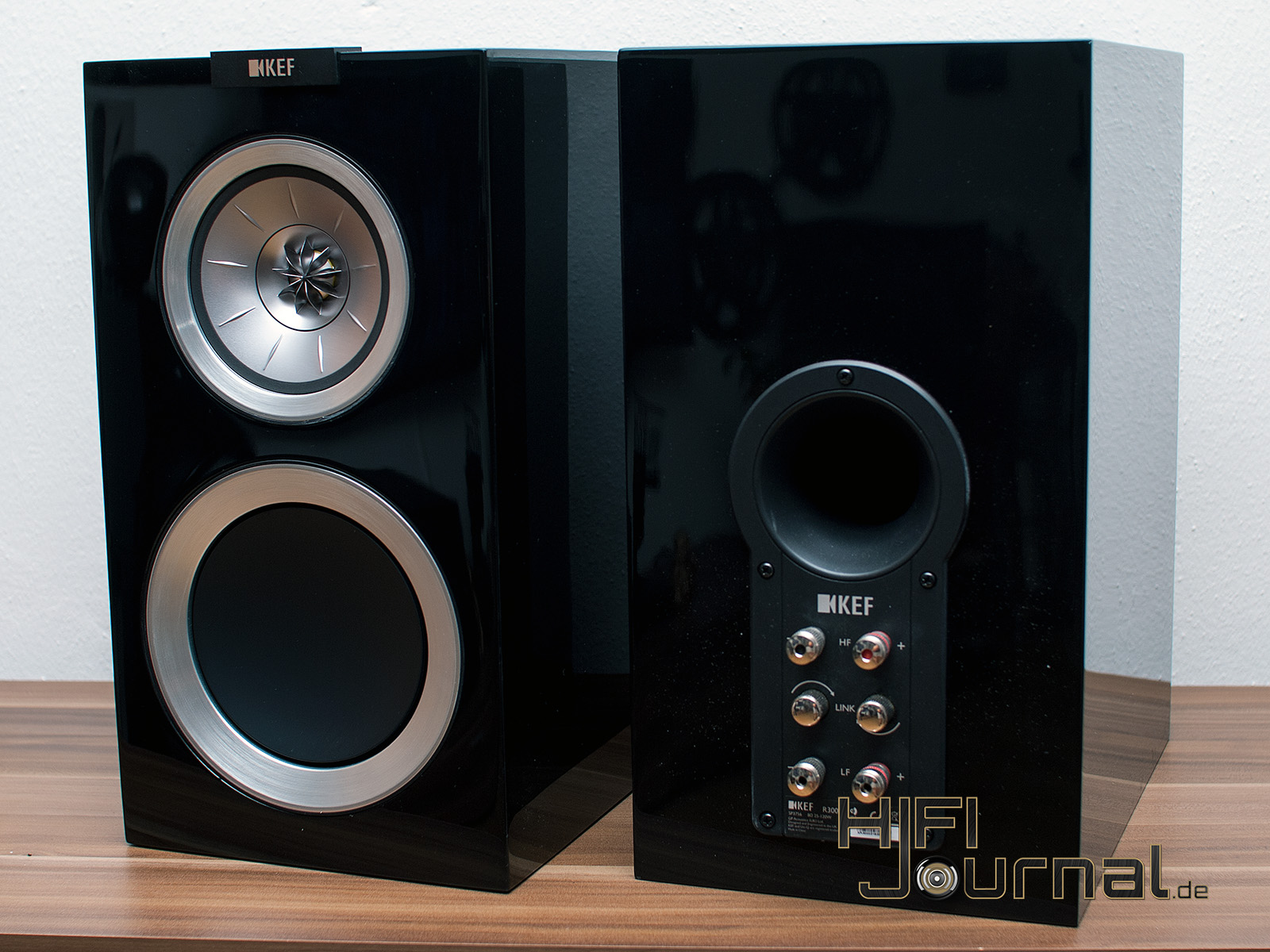 test kef r300 lautsprecher hifi journal results from 1. Black Bedroom Furniture Sets. Home Design Ideas