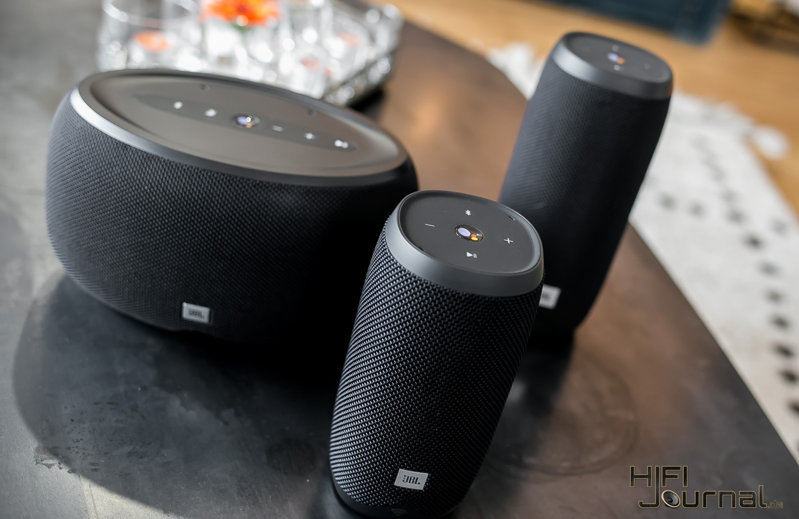 JBL Link Series Smart Speaker 03