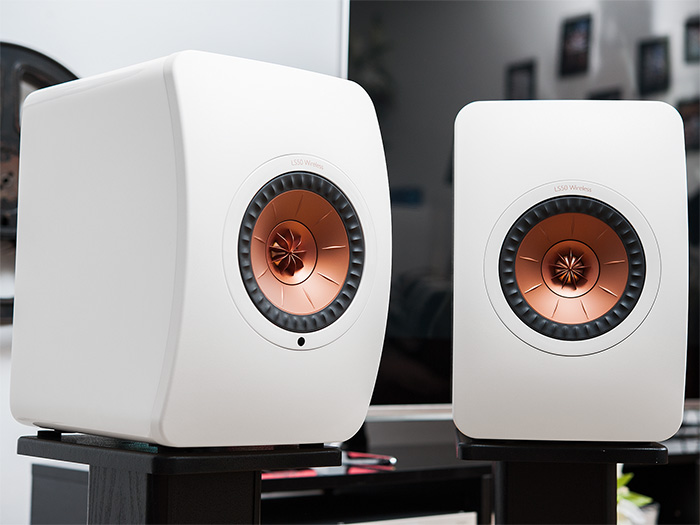KEF LS50 Wireless 06k