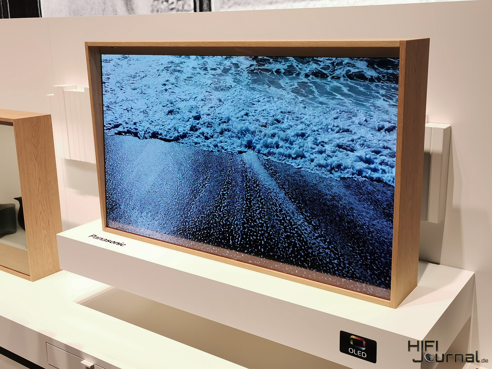 Panasonic Transparenter OLED IFA 2019 01