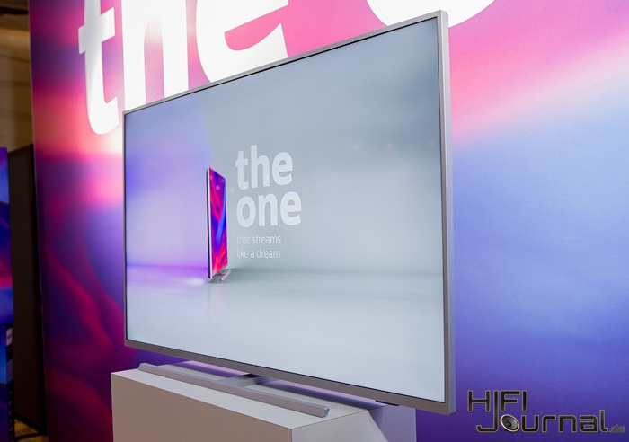 Philips 7304 The One 4K TV 03