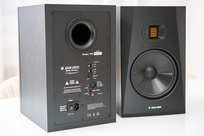 Adam Audio T8V 07k