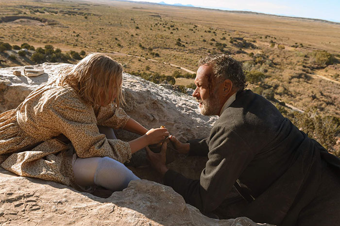 (from left) Johanna Leonberger (Helena Zengel) and Captain Jefferson Kyle Kidd (Tom Hanks) in News of the World, co-written and directed by Paul Greengrass.